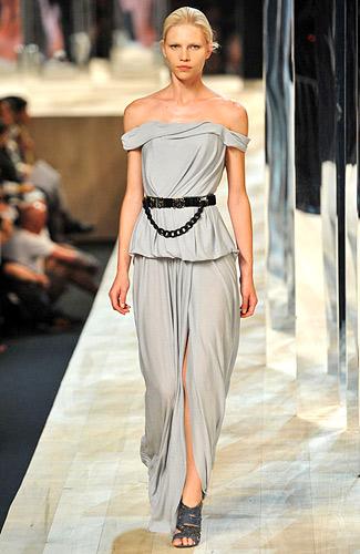 Фасоны платьев +с длинным рукавом и одежда +из китая очень дешево.